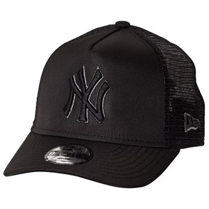 New Era NY Yankees Trucker Cap Black 52-53cm (Child 4-6 years)